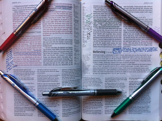 How to Use Colored Pens to Study the Bible