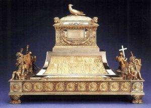 Reliquaire de la Sainte Ampoule réalisé à l'occasion du Sacre de Charles X