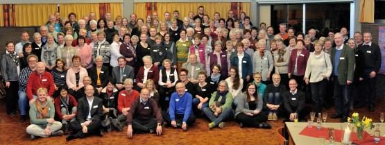 Mitarbeiterinnen und Mitarbeiter der Kirchengemeinde beim Neujahrsempfang 2016