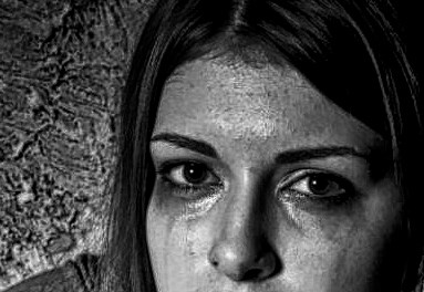 KEY SIGNS FOR IDENTIFYING A VICTIM OF HUMAN TRAFFICKING