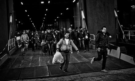 """FRANCE INTER – Pour beaucoup de migrants, """"le seul moyen de survivre est d'être exploité"""""""