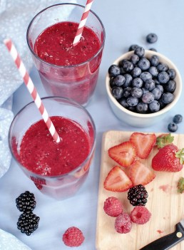 Smoothies and protein shakes made with whole foods - 80 Twenty Nutrition - Dietitian Christy Brissette