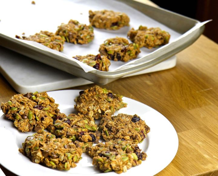 Trail Mix Breakfast Cookies with Psyllium - vegan, gluten free, dairy free, no added sugar, high in fiber - Christy Brissette media dietitian 80 Twenty Nutrition