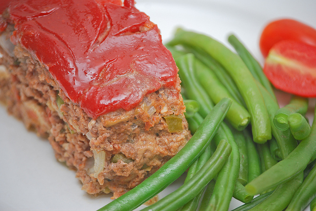 Healthy Meatloaf with Turkey and Quinoa - Gluten-Free, No Added Sugar! best ever healthy meatloaf recipe by Christy Brissette media registered dietitian nutritionist and president of 80 Twenty Nutrition in Toronto and California