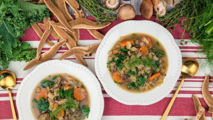Reishi mushroom soup