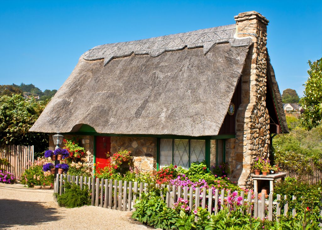 Cute Spring Cottage in Carmel by the Sea, California