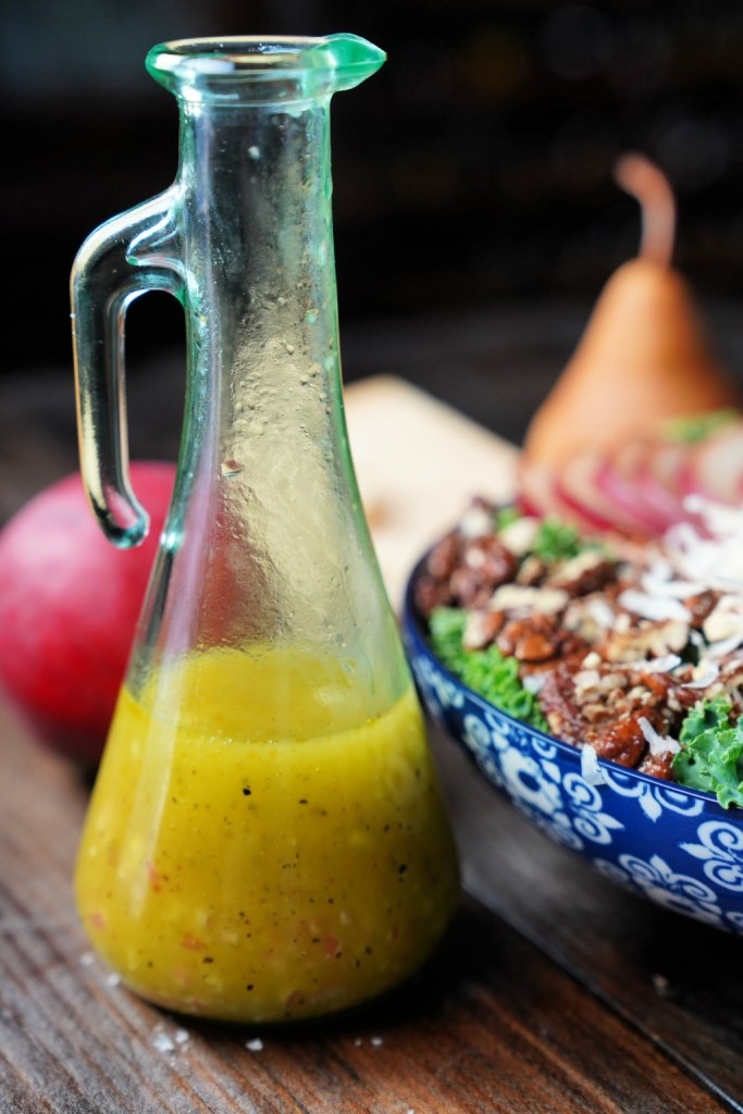 White Balsamic vinaigrette for pear kale salad