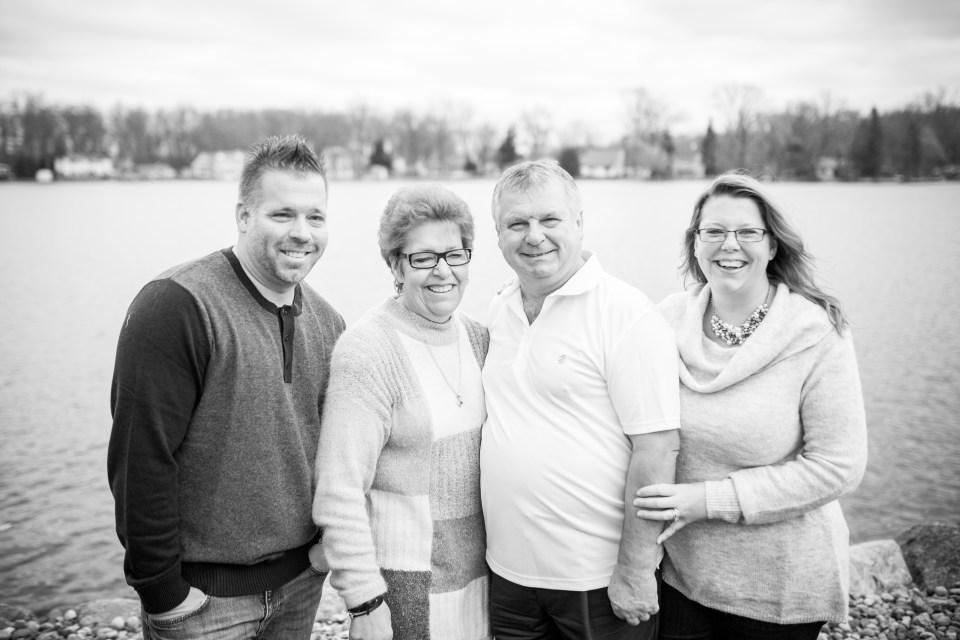 pacut-gardner-family-2016-15