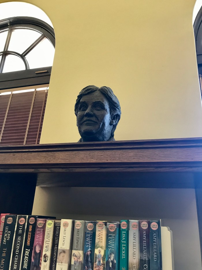 Sculpture of Willa Cather in the East Reading Room at The Handley Library in Winchester, VA