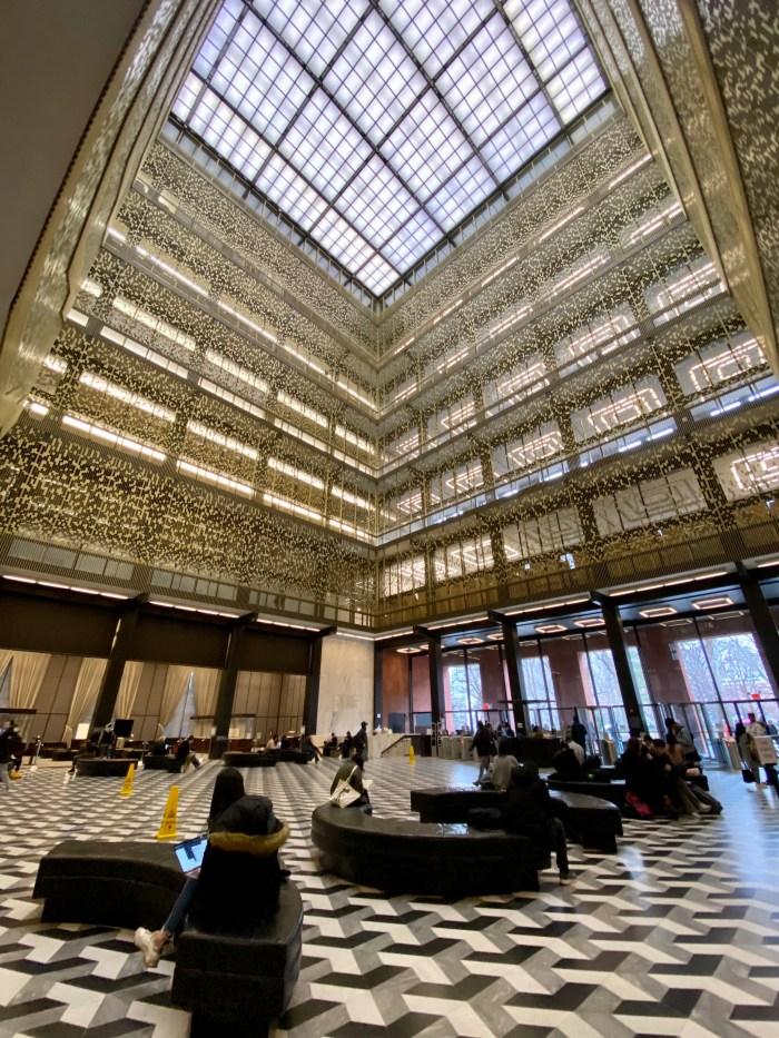 NYU Elmer Holmes Bobst Library atrium (chriswolak.com)