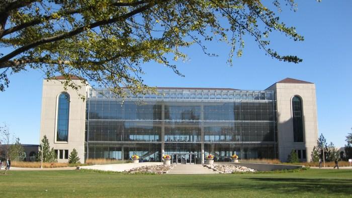 Information Commons Loyola University Chicago
