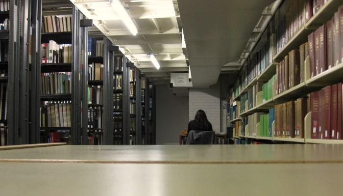 Quiet Study Space Cudahy Library Loyola University Chicago