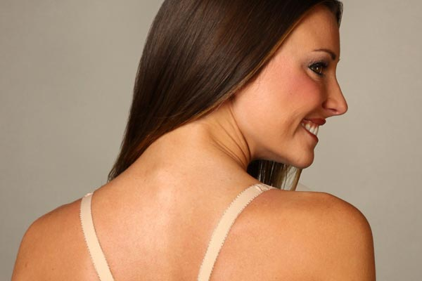 How to relieve shoulder pain caused by bra straps