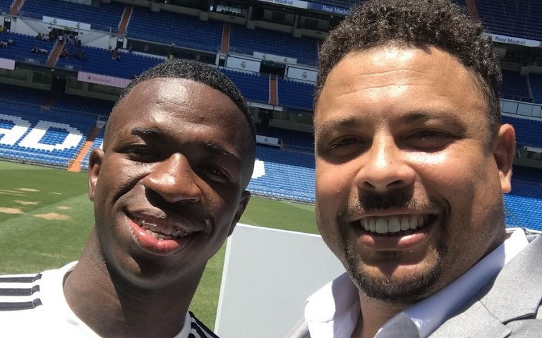 Vinicius Junior was presented on the pitch alongside his compatriot, Ronaldo