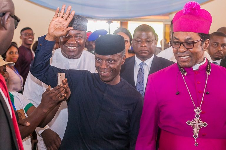 Ag. President Osinbajo with Arc. Bishop of Enugu Province Church of Nigeria, Rev. Dr. E. O Chukwuma (1st right) flanked by Gov. Enugu State, Hon. Lawrence Ifeanyi Ugwuanyi