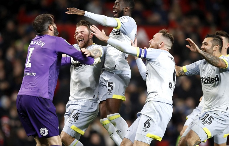 Derby County goalkeeper Scott Carson saved Phil Jones' spot kick