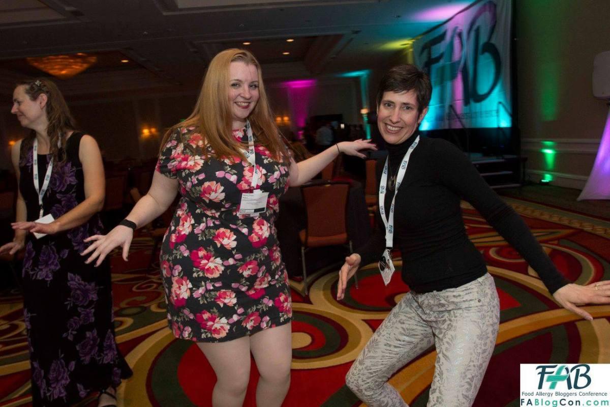 dancing at fablogcon
