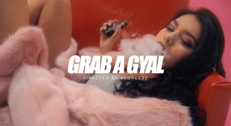"""Xcorsese firma el nuevo videoclip de Dakaneh y Phone """"Grab A Gyal"""""""