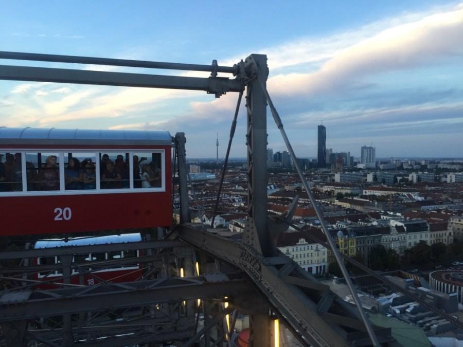 Sommet de la grande roue du prater vue sur Vienne