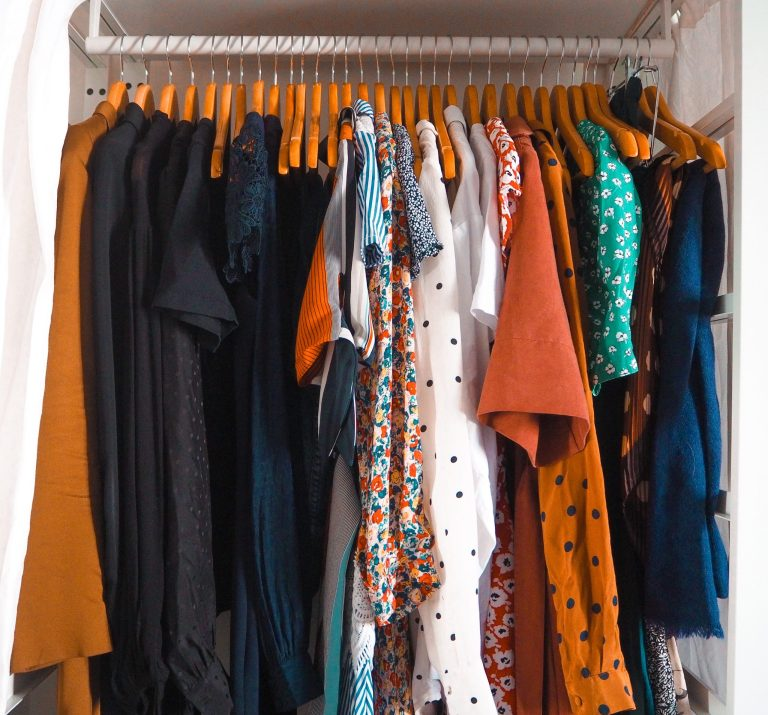 Comment j'ai créé ma capsule wardrobe