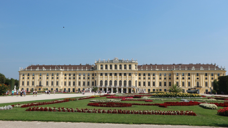 chateau-schonbrunn-2