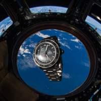 Start geglückt: Omega X33 als offizielle Uhr der SpaceX Demo-2-Mission (2020)