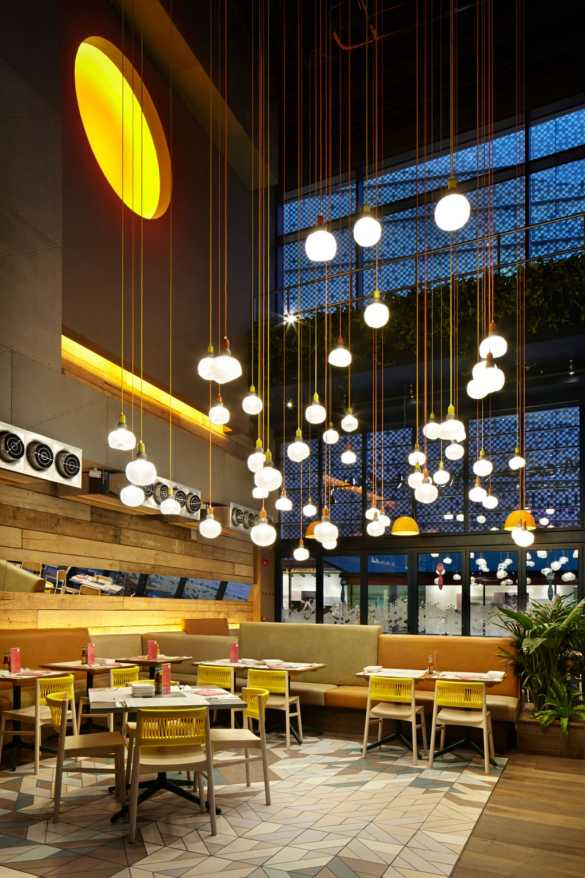Restaurant lighting on Chronos Stores