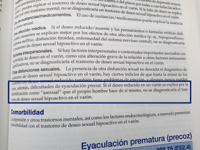 """Fotografía destacando el párrafo que menciona la asexualidad en la sección de """"Trastorno de deseo sexual hipoactivo en el varón"""" del DSM-5"""