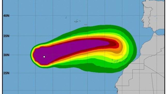 """إعصار ليزلي """"Leslie Haurcanne"""" المدمر  .. قد يمر بمدن الصحراء!"""