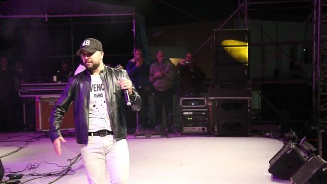 """الفنان """"الدوزي"""" يلهب منصة أكبار بوجدور السابع.. وأنشطة نوعية في يوم المهرجان الثالث"""