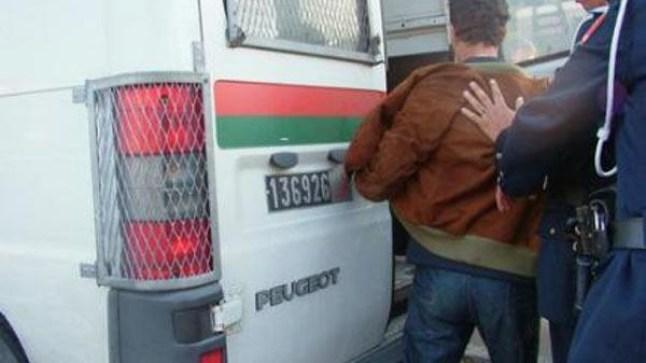 الطنطان: الأمن يوقف شخصاً اغتصب قاصراً تحت التهديد بالسلاح