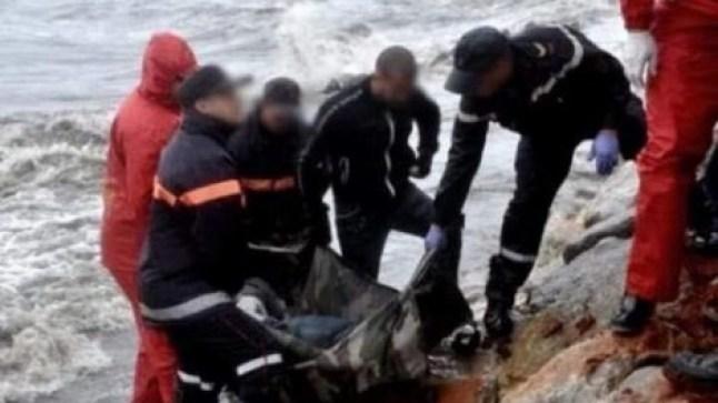 سواحل بوجدور تلفظ جثة بحار قارب الصيد خاصته
