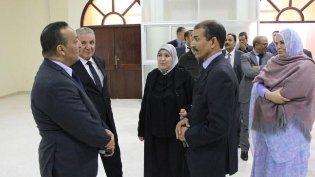 """فنانو جهة العيون يطالبون ببقاء """"خيا"""" مندوبا جهويا للثقافة"""