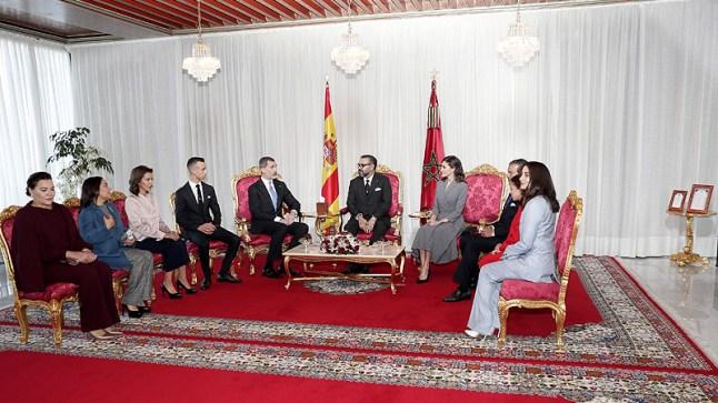 الملك يستقبل نظيره الإسباني.. واليوم الأول من الزيارة يعرف توقيع 11 اتفاقية جديدة..