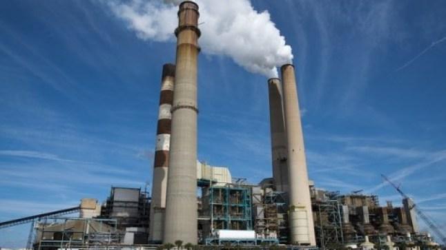 المغرب يشرع في تصدير الطاقة الكهربائية إلى إسبانيا