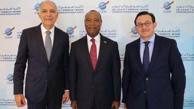 وزير الخارجية الموزمبيقي يحل بالمغرب تثمينا للعلاقات الثنائية بين البلدين
