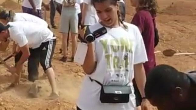 متطوعون قدموا من فرنسا ليغرسوا 700 شجرة مثمرة ب 3 جماعات قروية بكليميم