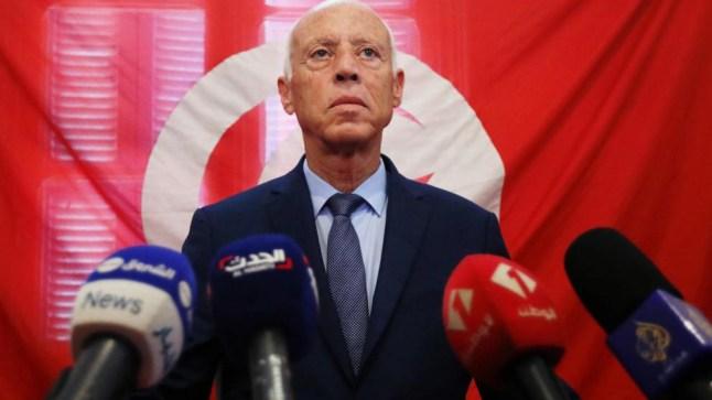 """التلفزيون التونسي: """"قيس سعيد"""" رئيساً لتونس.."""