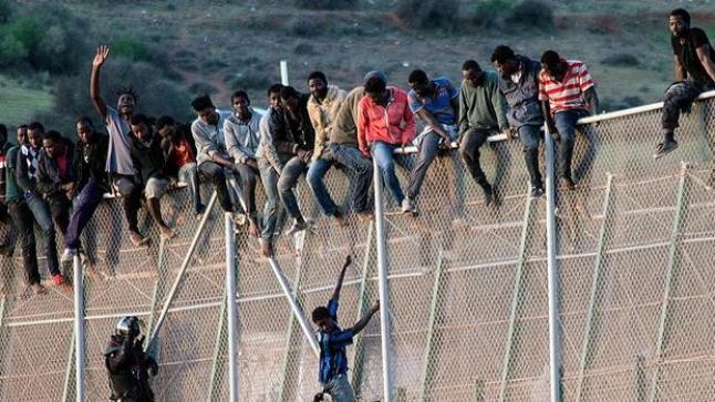 إسبانيا تطالب الاتحاد الأوروبي بزيادة دعم المغرب لمحاربة الهجرة غير الشرعية.