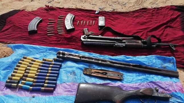 تفكيك شبكة للإتجار الدولي في المخدرات بالطنطان وحجز سلاح كلاشينكوف/بنادق و رصاص!