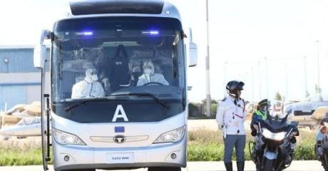 الطلبة المغاربة المرحلين من الصين يغادرون مكناس دون تسجيل أعراض فيروس كورونا