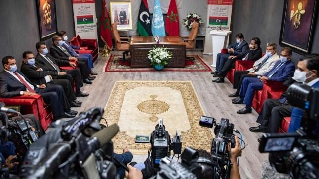الأطراف الليبية تتفق بالمغرب على إعادة هيكلة المؤسسات بتوافق بين حفتر والسراج