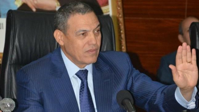 ولایة جھة العیون تحظر فتح المحلات التجاریة بعد التاسعة لیلا..