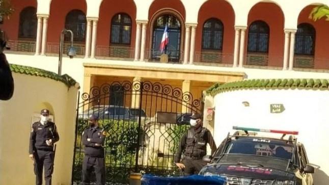 قنصل فرنسا بطنجة ينتحر شنقاً داخل القنصلية !