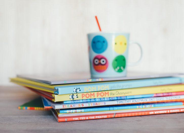 childrens-books-1246675_1280