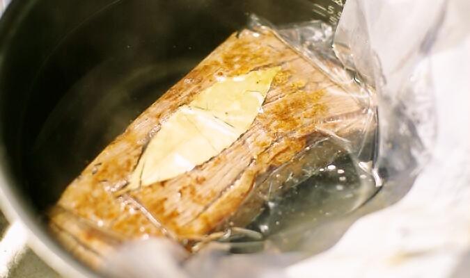 ローストビーフをジップロック袋で作る