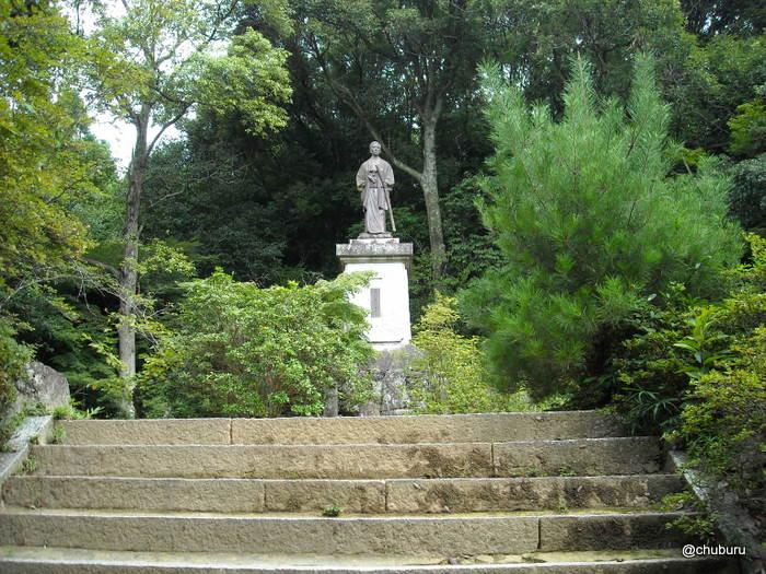 高杉晋作陶像(東行庵)