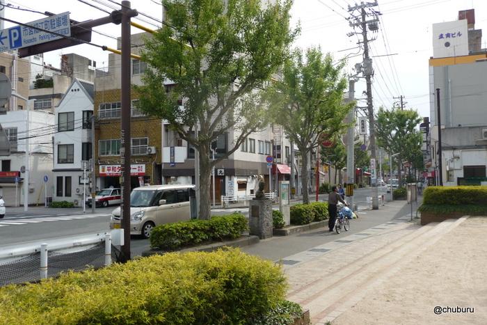 晋作通り(豊前田通り)
