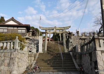 子どもたちが遊んでいた小月神社