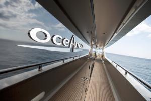 Luxury Property & Superyachts